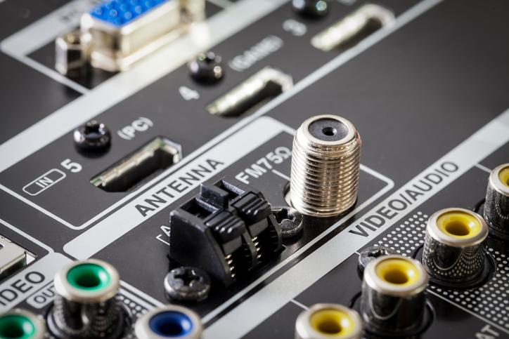 Сборка жгута проводов аудио и видео