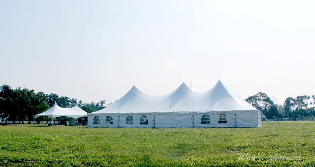 马戏团帐 - 双峰大帐篷