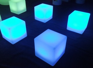 L-C30 LED Cube Chair