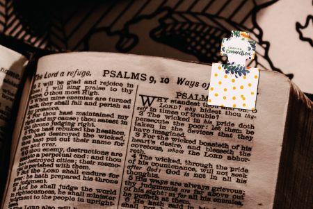 Christian creative magnetic bookmark