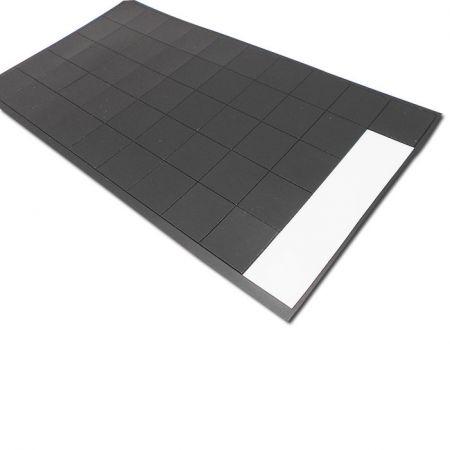 正方形の自己接着性磁石