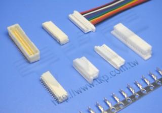 """1.00mm(.039"""") 间距-10J1 线对板连接器 - 线对板"""