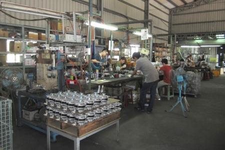 Warehouse (02)