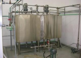 (2) Soda Water Storage Tank