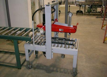 (14) Carton Sealing Machine