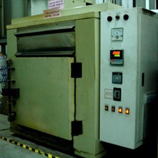 Post-curing machine (multi-stage temperature regulator)
