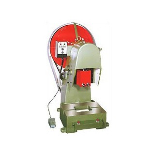 Precision punching machine