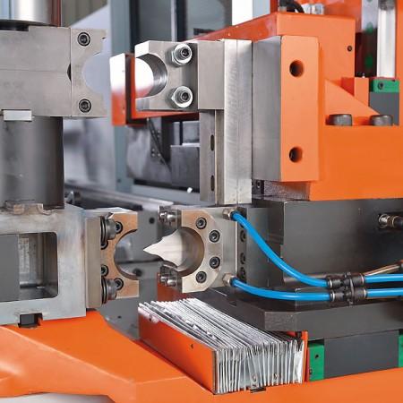 YLM CNC全自动全电型弯管机
