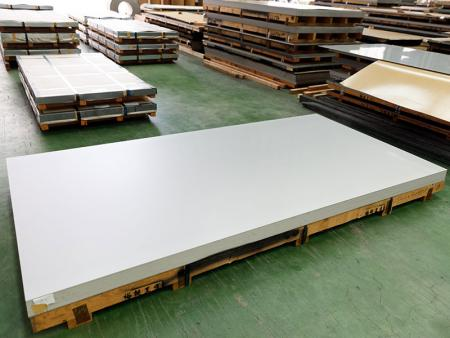 AISI 316L - Stainless Steel Plate - AISI 316L stainless steel plate contains min. 10% of nickel and 2% of molybdenum.