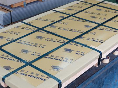 AISI 316L stainless steel sheet contains Min. 10% of nickel and 2% of molybdenum to increase pitting resistance.