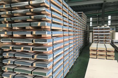 Stainless Steel Sheet in Export Package.