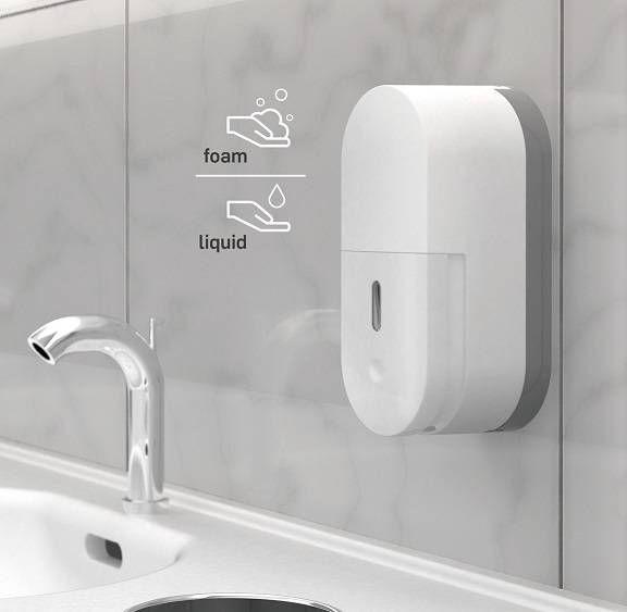 Wall mounted manual soap dispenser