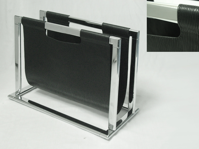 U Shaped Magazine Rack In Black Color