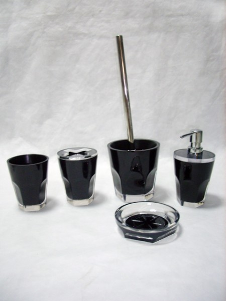 Cup Shaped Bathroom Set