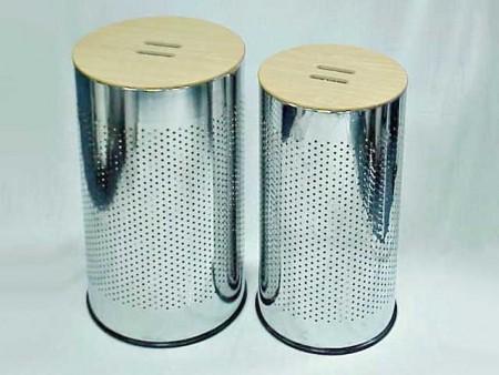 大. 中鐵鍍鉻圓柱形中竹碳蓋髒衣桶