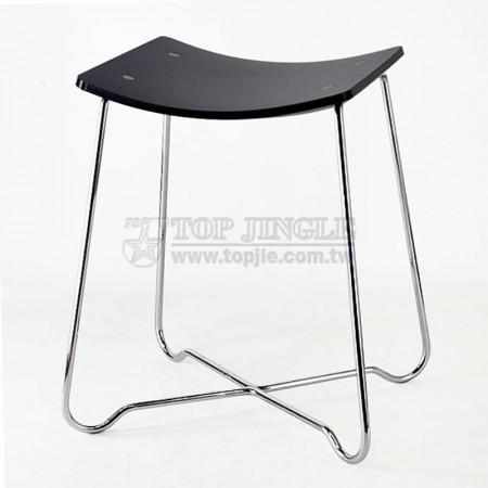 黑色方弧型壓克力鐵線單椅