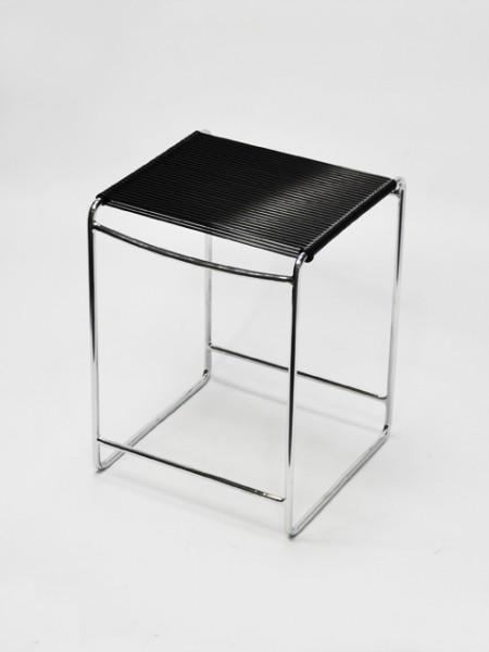 黑色正方鐵線彈力繩椅