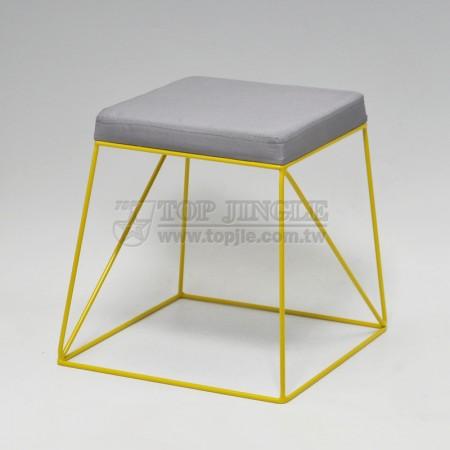正方彩色造型凳子