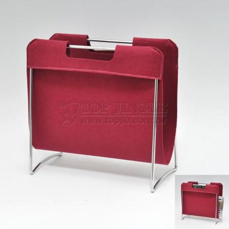 紅色毛氈布造型雜誌架