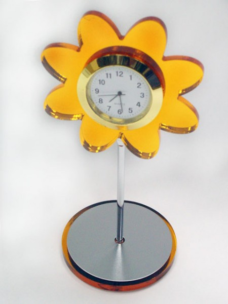 太陽花造型桌上小時鐘