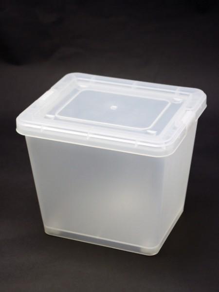 白色大型置物盒