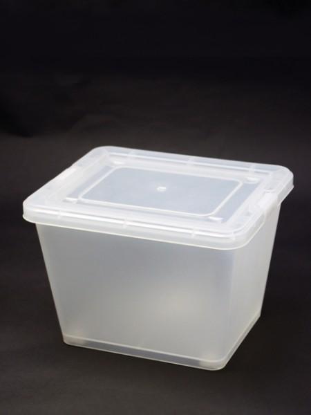白色小型置物盒