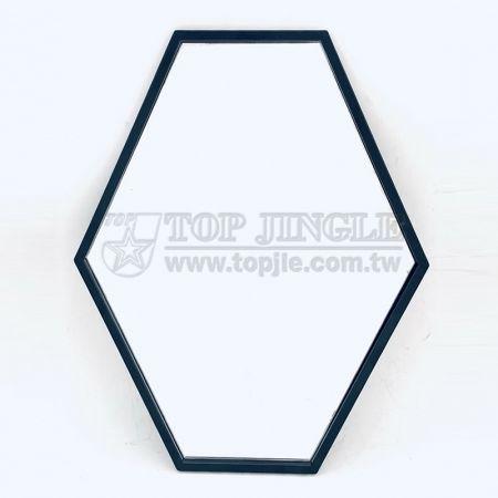 Подвесное зеркало в форме шестиугольника