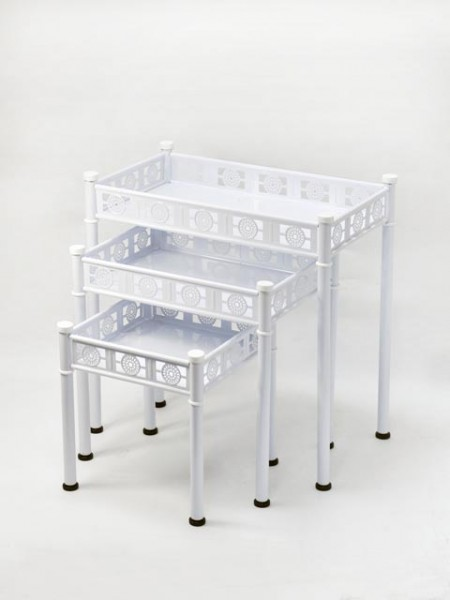 Таблицы-гнезда Totem Design