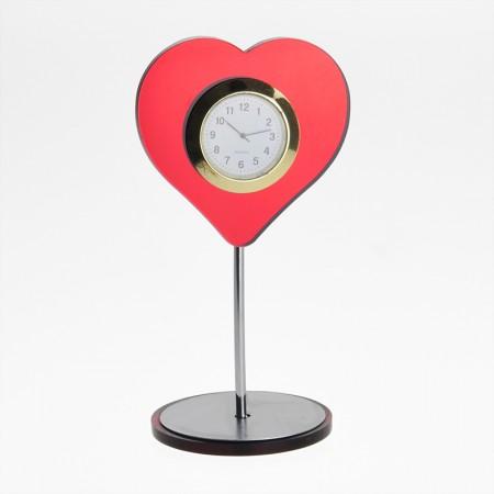 Настольные часы в форме сердца