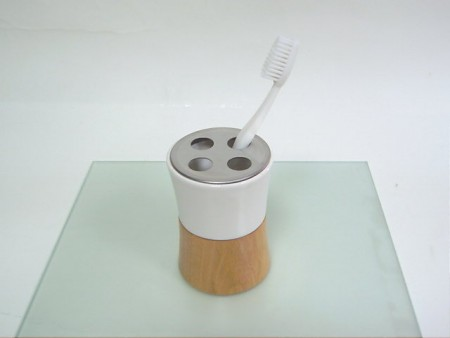 Bel şeklinde diş fırçası tutucu