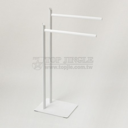 Подставка для полотенец из металлической трубки