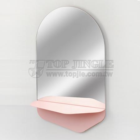 Настенное овальное зеркало