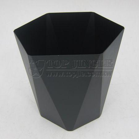 Мусорное ведро с шестигранной формой