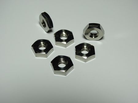 Tuercas delgadas hexagonales de titanio