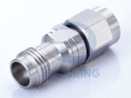 2.4mm JACK TO 3.5mm PLUG RF/Microwave Coaxial ADAPTOR - 2.4mm Jack to 3.5mm Plug Adaptor