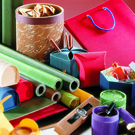 Hoja de cartón corrugado de color