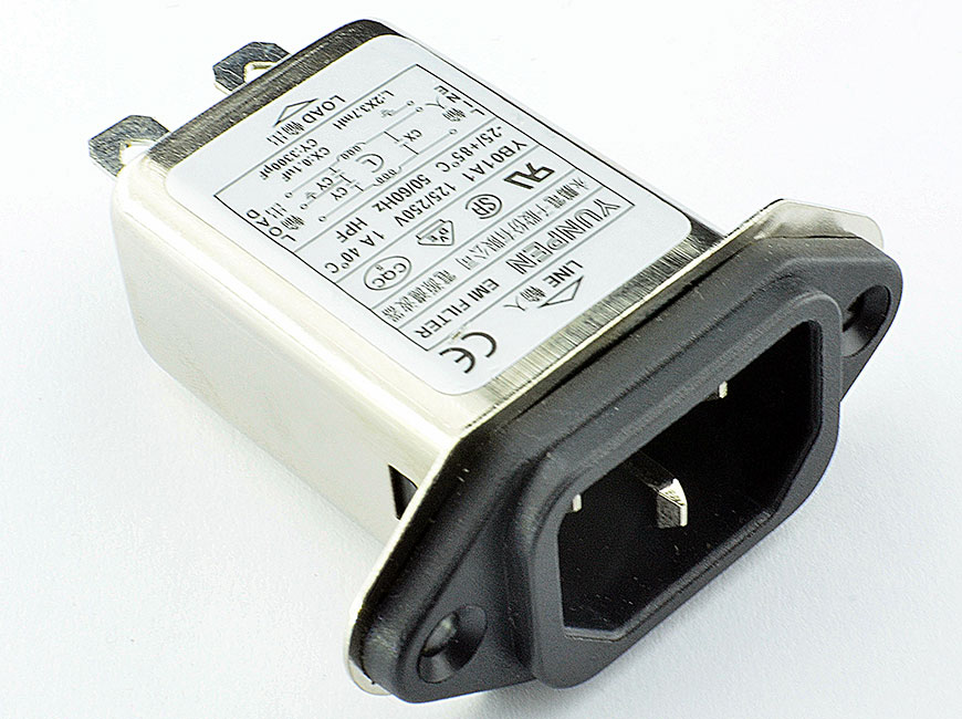 Fast-on connection and cost-effective shielded YB-A1 integrates an IEC inlet type C14 and filter with noise suppression.