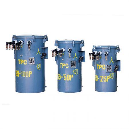 Transformadores montados em polos do tipo CSP