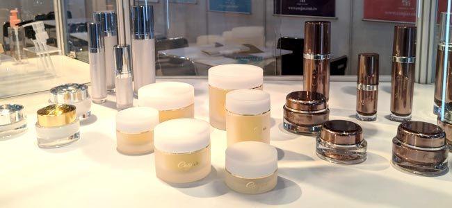 COSJAR's cosmetic container design