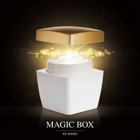 Magic Box (Square Acrylic Luxury Cosmetic & Skincare Packaging)