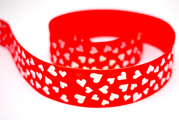 Iridescent Hearts Print Ribbon
