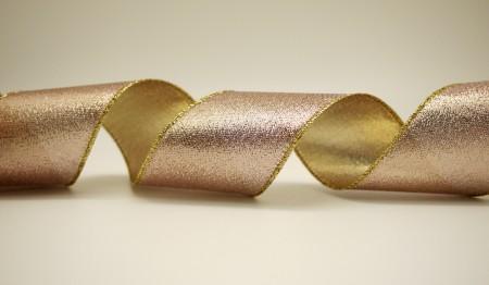 Ludo-metallicis Ribbon texentes subtilia
