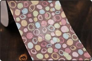 70 mm lint met onregelmatige stippen en cirkels - 70 mm lint met onregelmatige stippen en cirkels
