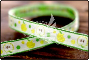 Apple Jacquard Ribbon