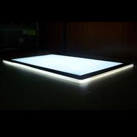 Placa de guía de luz