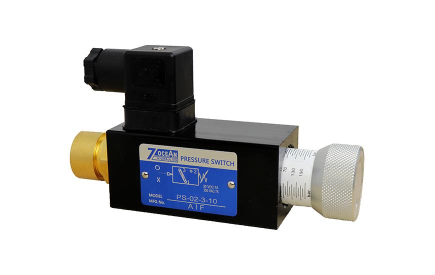 Przełącznik ciśnienia hydraulicznego.