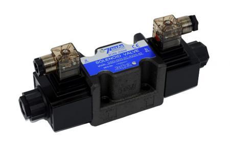 Elektromagneticky ovládaný směrový regulační ventil 4/3 a 4/2 D05 / NG10 / CETOP5 - Elektromagneticky ovládaný směrový regulační ventil DSD-G03, typ svorkovnice potrubí.