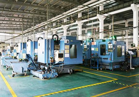 Sedm Ocean Hydraulics CNC stroje výrobní linka.