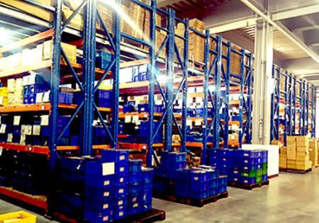 Systém skladování hydrauliky Seven Ocean v továrně na Tchaj-wanu.