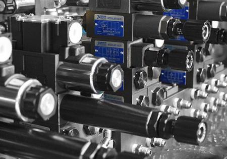 Seven Ocean Hydraulics Valve Assembly.